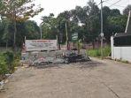 20181010akses-jalan-ke-kecamatan-limo-depok-tetap-lumpuh-5-bulan-ini_20181010_172451.jpg