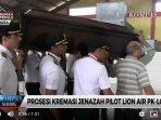 20181124prosesi-kremasi-jenazah-pilot-lion-air-pk-lqp.jpg