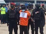 22-teroris-jawa-timur-tiba-di-bandara-soekarno-hatta.jpg