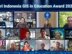 acara-webinar-pemberian-penghargaan-gis-award-dari-esri-indonesia.jpg