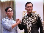 agus-harimurti-yudhoyono-dan-gibran-rakabuming-di-istana-3_20170812_080455.jpg