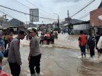 akses-jalan-terputus-akibat-banjir-2.jpg