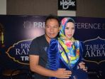 angel-lelga-dan-vicky-prasetyo-press-conference-program-ramadan-trans-tv-3_20180508_140339.jpg