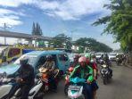 arus-lalu-lintas-di-jalan-mayor-jenderal-sutoyo_20180220_081723.jpg