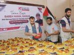 babe-haikal-memberikan-bantuan-kepada-warga-palestina.jpg