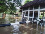 banjir-di-permukiman-warga-di-jalan-puri-mutiara-ilir-3.jpg