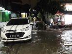 banjir-setinggi-satu-setengah-meter-di-jalan-hadidji.jpg