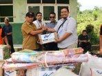 bantuan-logistik-dari-wom-finance-buat-korban-bencana-di-bogor161.jpg