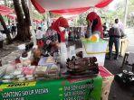 bazar-kuliner-ramadan-yang-dilaksanakan-di-dalam-area-parkir-tmii.jpg