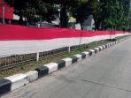 bendera-merah-putih-raksasa-di-pekojan-5_20170804_130850.jpg