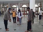 bersih-masjid-di-kabupaten-bekasi2.jpg