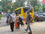 bus-sekolah-dimodifikasi-jadi-bus-pengangkut-pasien-positif-virus-corona.jpg