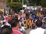 demo-guru-dan-tenaga-kerja-kontrak-di-kota-bekasi-2.jpg