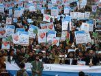 demonstran-presiden-perancis-emmanuel-macron-di-afganistan.jpg