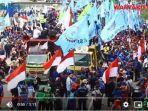 demonstrasi-buruh-menolak-uu-omnibus-law-cipta-kerja-di-patung-arjuna-wijaya-21120.jpg