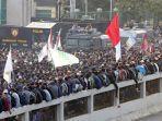 demonstrasi-mahasiswa-di-depan-dprmpr-2.jpg