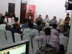 diskusi-himpuni-seri-5-bertajuk-dukungan-riset-inovasi.jpg