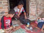 empat-anak-kelaparan-ditinggal-ibunya.jpg