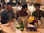 fahri-hamzah-satu-meja-dengan-presiden-jokowi-saat-buka-puasa-bersama-di-rumah-ketua-dpr_20180529_073731.jpg