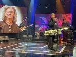 fariz-rm-saat-tampil-mengisi-program-acara-secara-live-bertajuk-musik-indonesia-tembang-emas.jpg