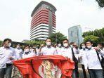 forum-mahasiswa-merah-putih-menggelar-aksi-dukungan-untuk-k.jpg
