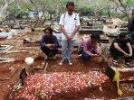 foto-pemakaman-akbar-alamsyah111.jpg