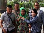gubernur-bengkulu-ridwan-mukti-ditangkap-kpk-2_20170621_105324.jpg
