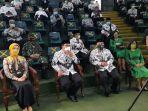gubernur-jawa-barat-ridwan-kamil-dua-dari-kiri-menghadiri.jpg