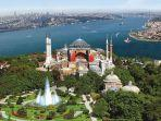 hagia-sophia-ayasofya-turki-latin-sancta-sophia-di-istanbul-turki.jpg