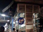 hal-transjakarta-simprug-ditabrak-trailer_20180419_085434.jpg