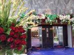 hamparan-bunga-di-gedung-nusantara-dpr-3_20170301_130138.jpg