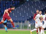 henrikh-mkhitaryan-cetak-gol-ke-gawang-cfr-cluj.jpg