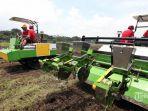 ilustrasi-alat-dan-mesin-pertanian-alsintan.jpg