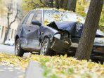 ilustrasi-kecelakaan-lalu-lintas-mobil-michelin.jpg