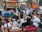 imam-besar-fpi-muhammad-rizieq-shihab-sampai-di-kampung-halaman-petamburan-101120.jpg