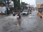 jalan-cireundeu-raya-banjir.jpg
