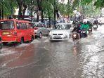jalan-insinyur-juanda-bekasi-timur-banjir-40-sentimeter.jpg