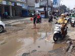 jalan-raya-bintara-kelurahan-bintara-kecamatan-bekasi-barat-kota-bekasi-rusak-parah_.jpg