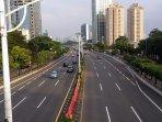 jalan-tol-dalam-kota-tomang-semanggi-lengang-senin-162020-sore010601.jpg