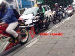 jalur-sepeda-di-jalan-tomang-raya-dilalui-pengendara-motor.jpg