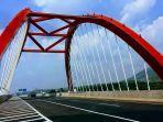 jembatan-kalikuto-di-jalan-tol-batang-semarang-jawa-tengah.jpg