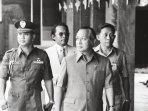 kabarsoeharto-semedi-menjelang-para-jenderal-abri-dibantai-pki181.jpg