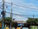 kabel-listrik-kusut-di-jalan-raya-puspiptek-setu-tangerang-selatan-2.jpg