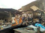 kebakaran-pasar-gembrong-lama-2_20171208_124638.jpg