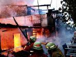 kebakaran-sembilan-rumah-di-kelapa-gading.jpg