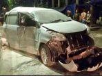 kecelakaan-lalu-lintas-di-tanjungpirok2_20180911_063620.jpg