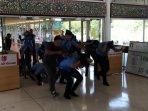 kelompok-teroris-bajak-pesawat-di-bandara-soekarno-hatta1.jpg