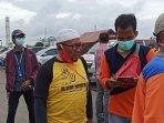 keluarga-korban-sriwijaya-air-datangi-dermaga-jict-ii140120212.jpg