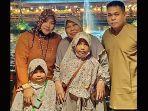 keluarga-markis-kido-dan-ibunya.jpg