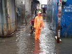 kelurahan-kapuk-kebanjiran-lagi-senin-322020.jpg